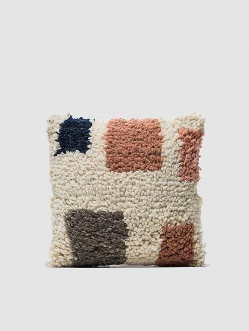 Formas-Shag-Pillow